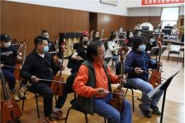 民族管弦乐《蒙古马》创排进行时
